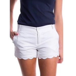 Lauren James | White Scalloped Shorts | M